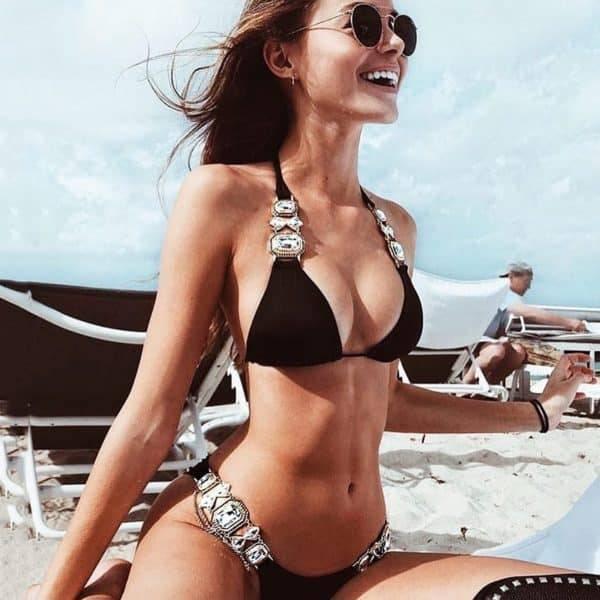 Bikini maillot de bain cristal diamant luxe aristocratique