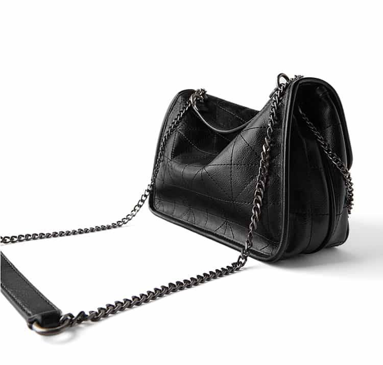 Women's Shoulder Bag in Beige and Black 5