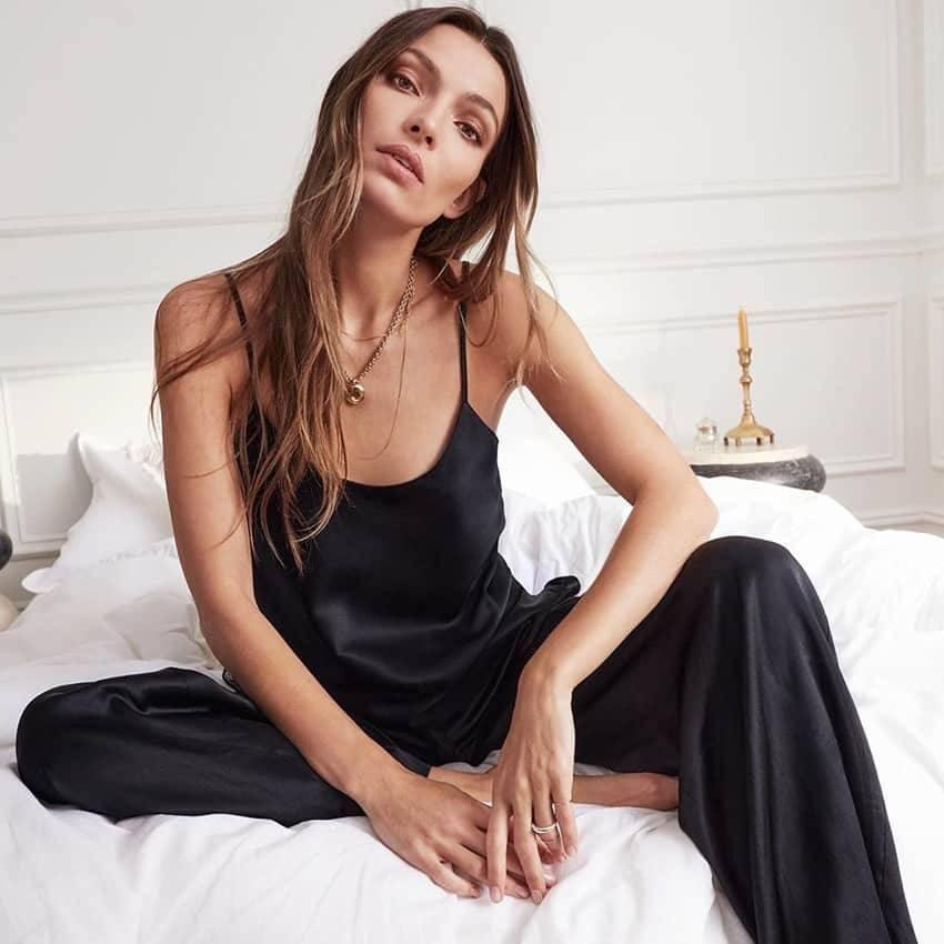 Pyjama Sexy en Satin noir, dos nu, dentelle avec pantalon, ample, bretelles Spaghetti 3