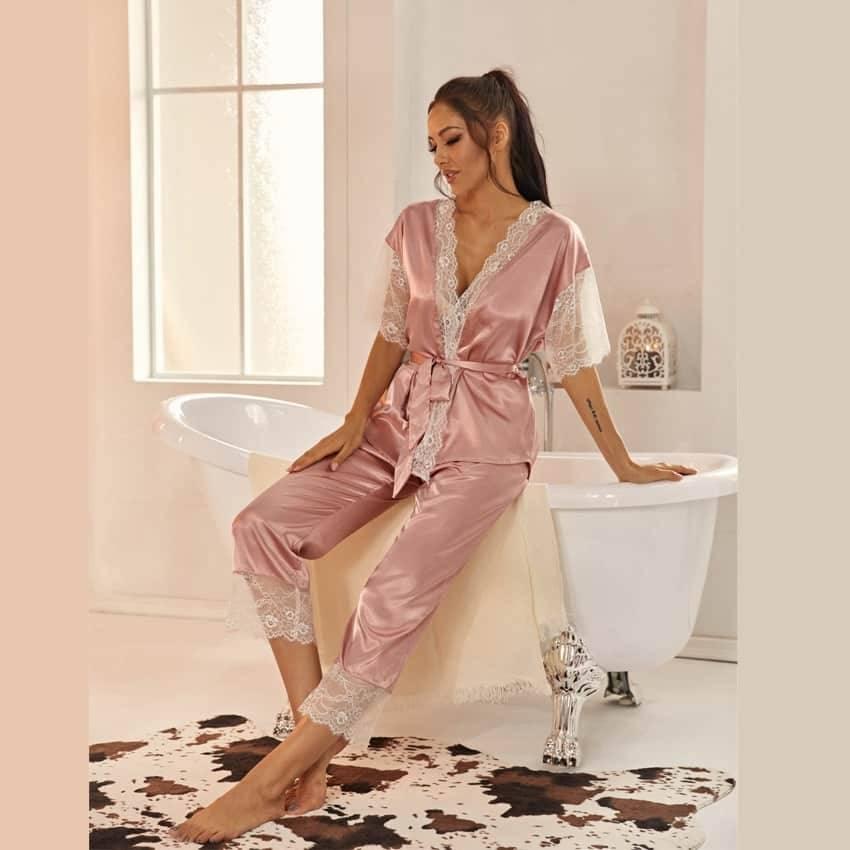Pyjama ensemble Haut et pantalon en Satin avec ceinture en dentelle 8